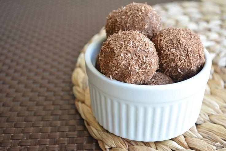 raw-cocoa-coconut-energy-bite.jpb | Snacks | Pinterest