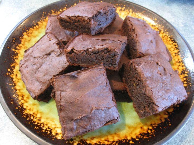GLUTEN FREE AVOCADO CHOCOLATE BROWNIES