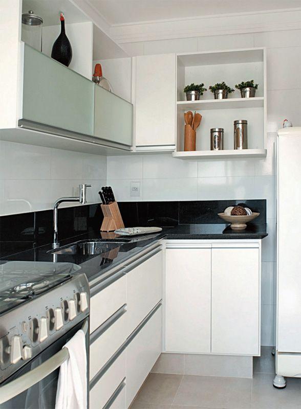 como decorar uma cozinha pequena com area de serviço