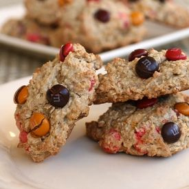 cookies for fall, these oatmeal M&M's fall cookies are soft, chewy ...