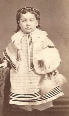 1860s Little Girl Winter Outfit Cape Fur Collar Muff by Johnson Limesville PA   eBay