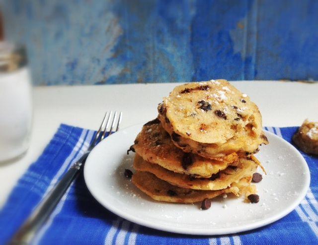Vegan Oatmeal Cookie Pancakes (use almond milk!)