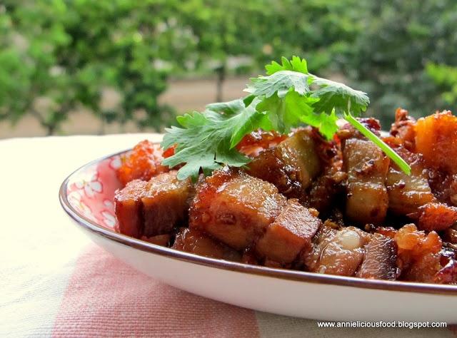Annielicious Food: Stir-Fried Roasted Pork with Garlic ...