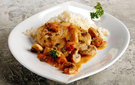 Koteletter i fad, med bearnaisesovs og tomat  (Ca. 15 min. ved 250°.)