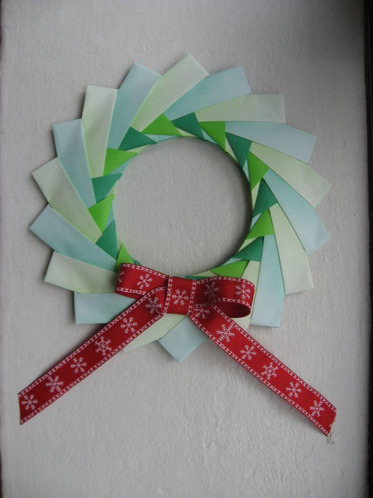 Origami christmas wreath diy christmas decorations pinterest