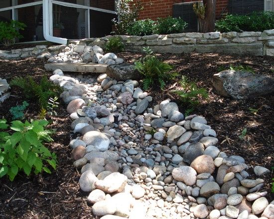 River Bed In Backyard : Dry River Bed Landscaping IdeasLandscaping A Dry River Bed