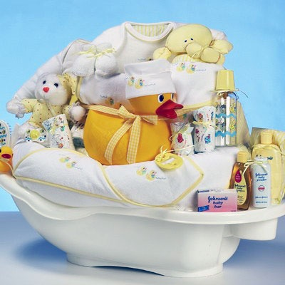 baby shower stuff love the rubber ducky in the tub so cute