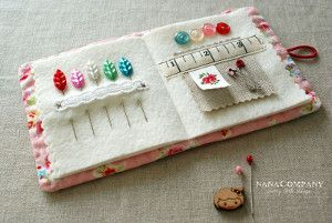 Storybook Needle Case - This sewing needle case tutorial will teach you how to put together a super easy, super cute needle case to keep everything exactly where it belongs.