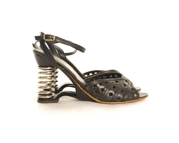 Coil Heel Shoes