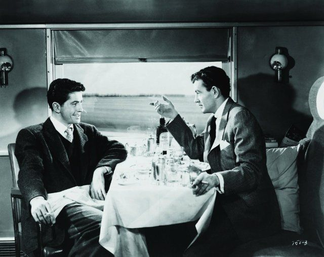 Still of Farley Granger and Robert Walker in Strangers on a Train