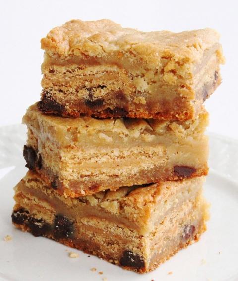 Nutter Butter Slutty Blondies | Bar cookies | Pinterest