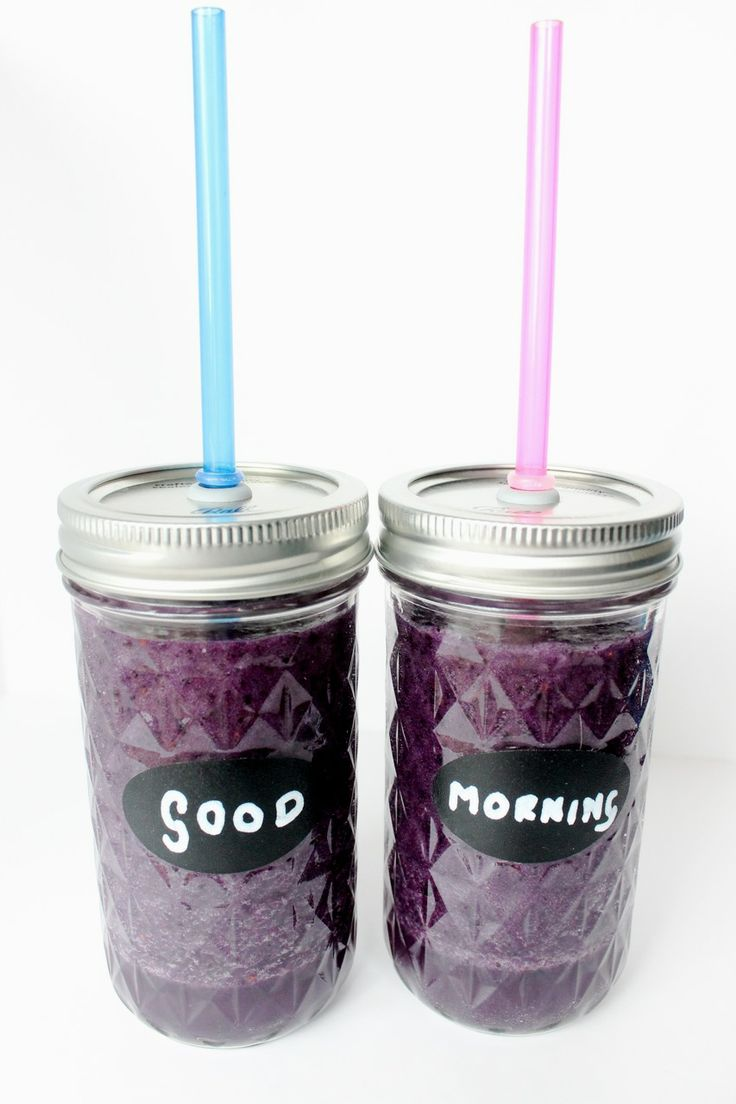 watercress pineapple and blueberry smoothie