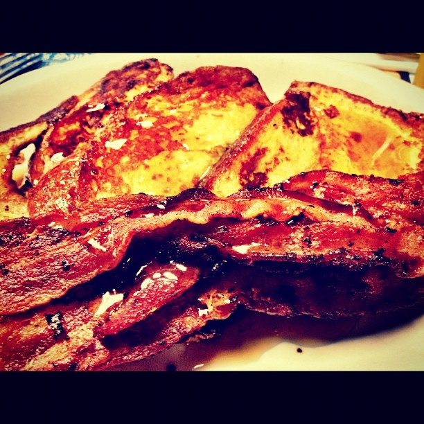 cinnamon French toast with bacon | Food | Pinterest