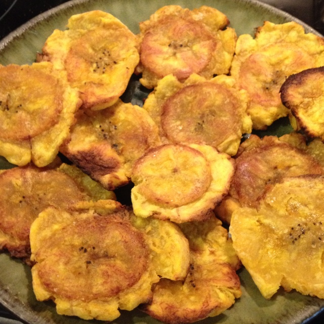 Baked patacones or tostones. Recipe by skinnytaste.com