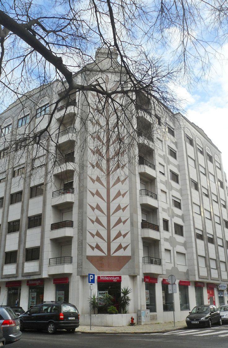 banco de jardim lisboa : banco de jardim lisboa: banco Millennium bcp Jardim da Parada (Campo de Ourique) em Lisboa