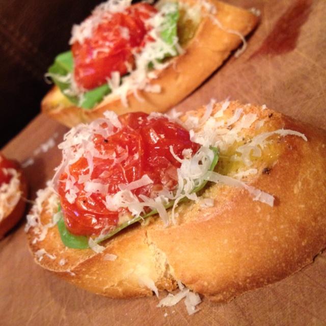 My oven-roasted tomato bruschetta   YUM   Pinterest