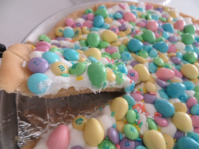 easter cookie pizza | Food | Pinterest