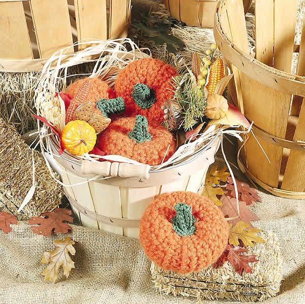 Basket of Pumpkins free crochet pattern