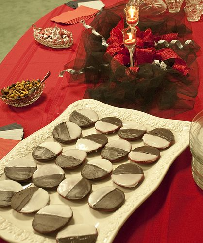 Black and White Red Velvet cookies | Cakes and Cookies | Pinterest