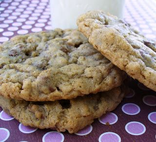 Chewy oatmeal chocolate chip cookies. Leenee's Sweetest Delights ...