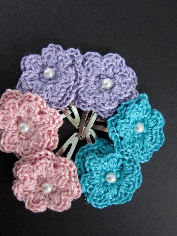 Crochet Hair Flowers : crochet flower hair clip