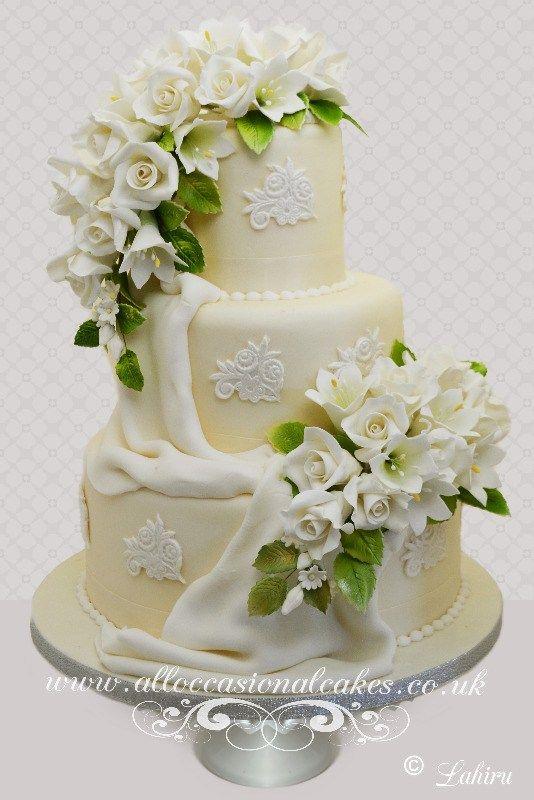 Luxury Flower Spray Wedding Cake Cup Cakes Celebration Cakes