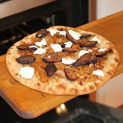 Flatbread Topped with Caramelized Onions, Goat Cheese and Figs ...