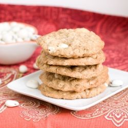Oatmeal cookies with yogurt covered cranberries