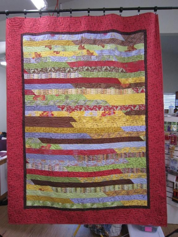 Quilt Pattern Jelly Roll Race : JellyRoll Race - via @Craftsy Quilting Ideas Pinterest
