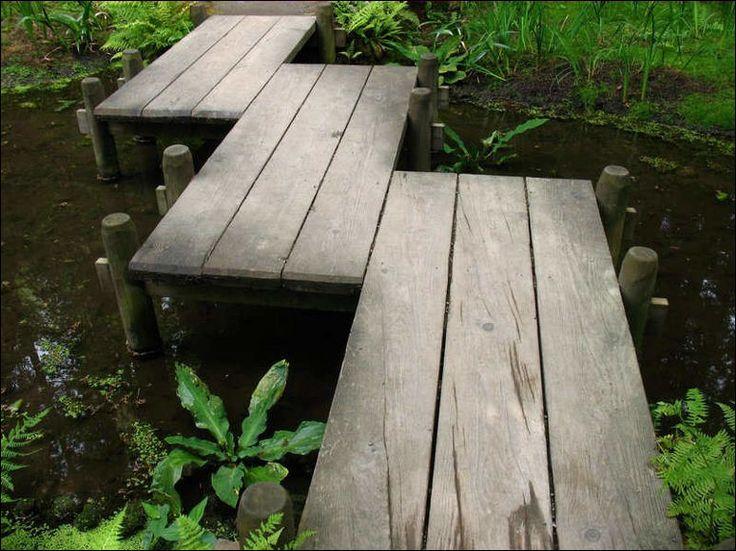 Staggered wooden garden bridge Bridges Puentes Pinterest