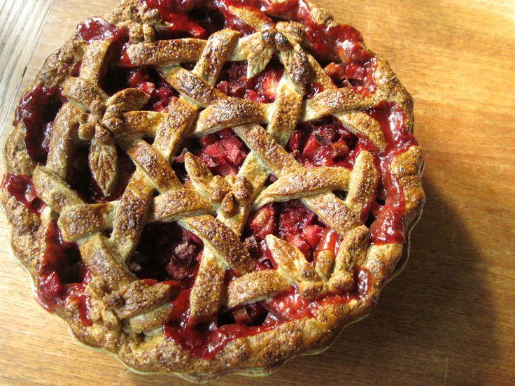 Shaker Lattice Strawberry Rhubarb Pie with Buckwheat Sourdough Pastry ...