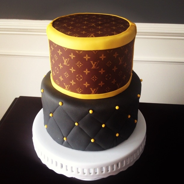 Cake Louis Vuitton Pinterest : Louis Vuitton Cake Cakes/Cupcakes Pinterest