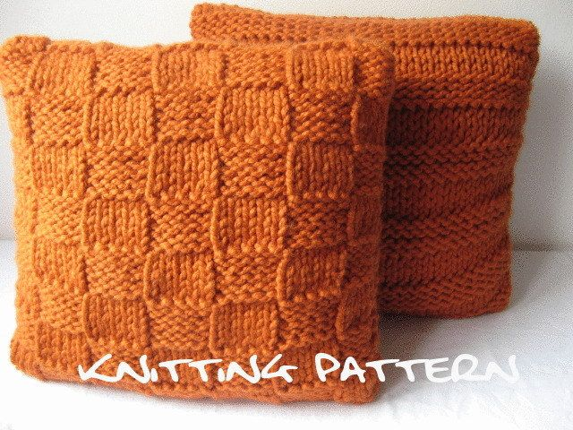 Knitting Pattern For Cushion Covers : Pdf knitting pattern - super chunky cushion covers