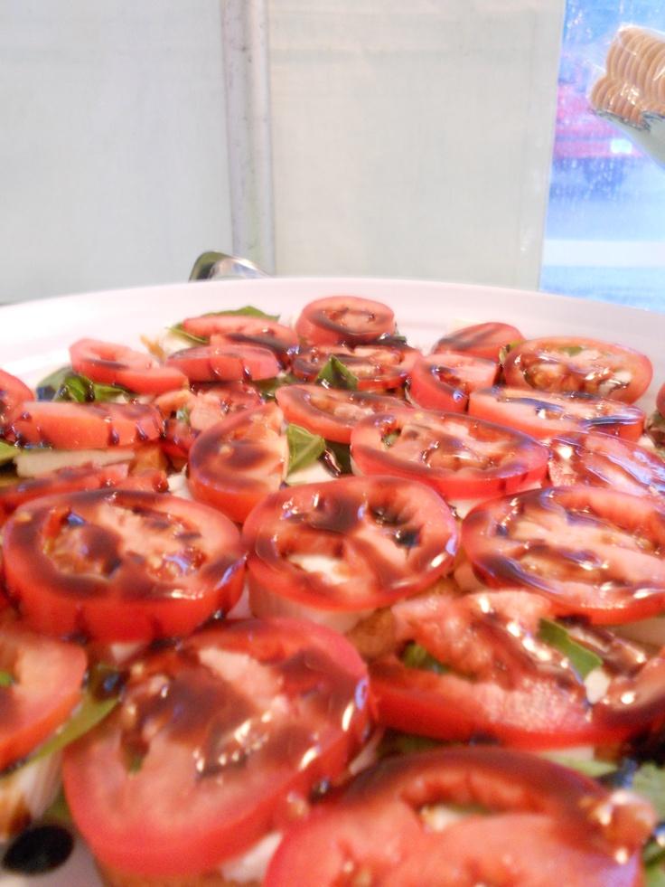 ... crostini artichoke olive crostini tomato basil garlic crostini mrs