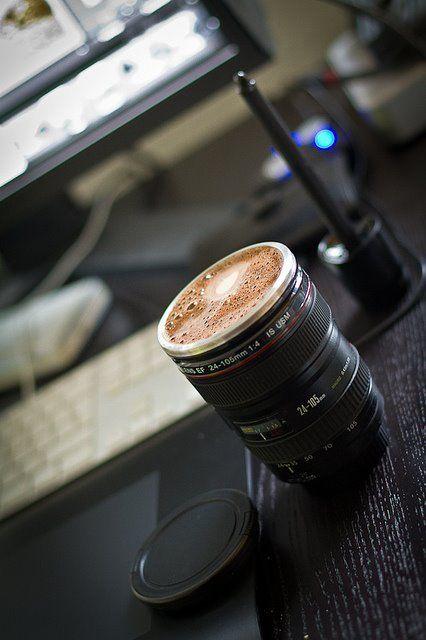 Para las mañanas de mis amigos fotógrafos.