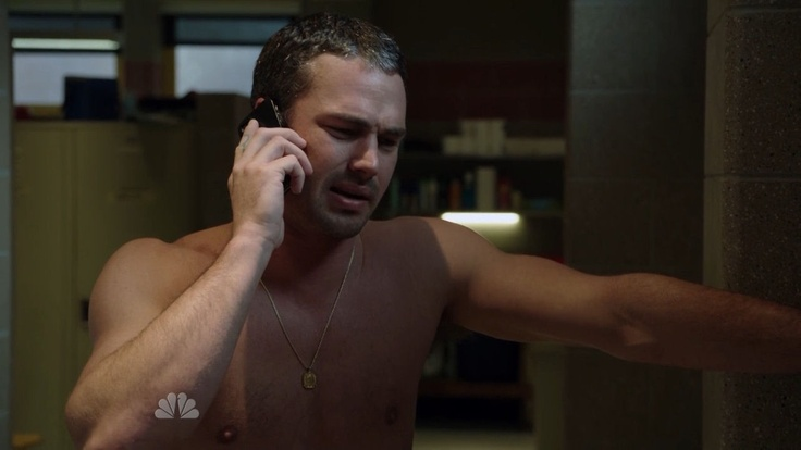 Taylor Kinney - Chicag...