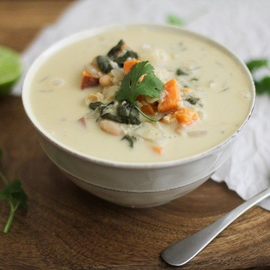 Sweet Potato & Quinoa Stew with white beans and spinach - insanely ...