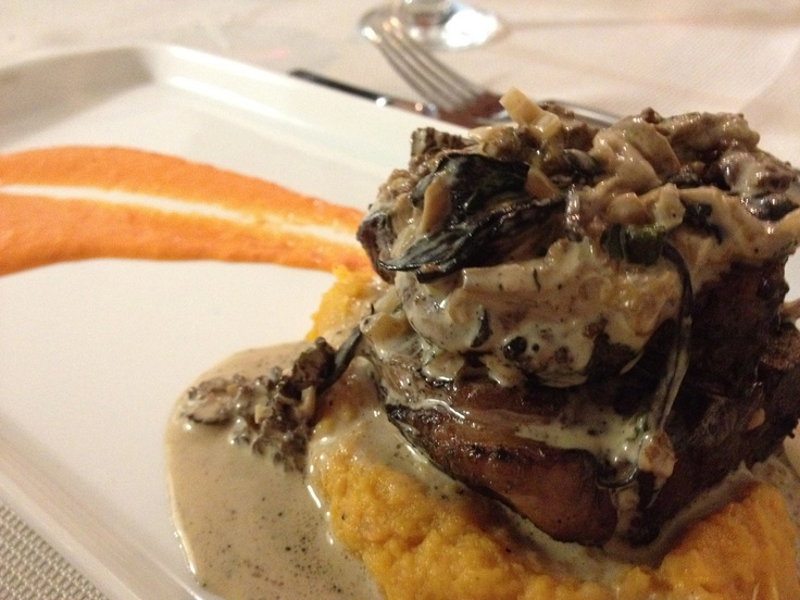 , mushroom sauce (trumpet of death, chanterelle, morel) and champagne ...