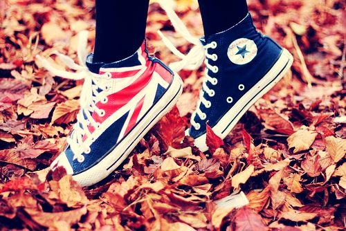British flag Converse! 🇬🇧 LUV THEM!