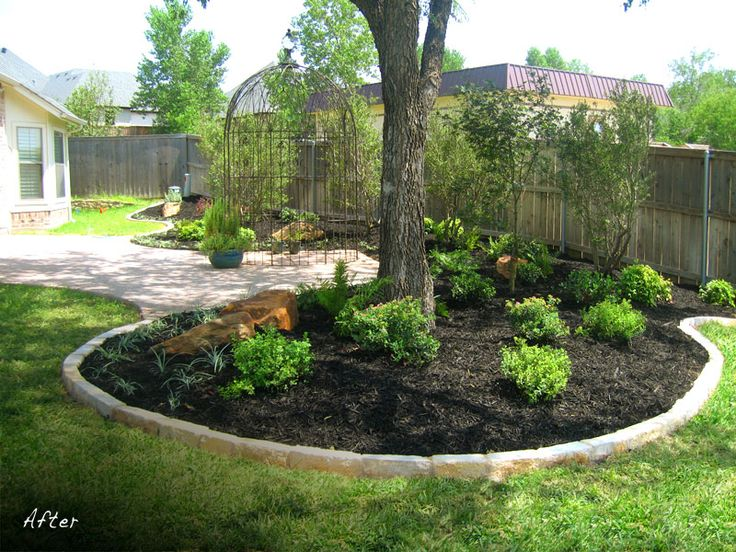 Landscaping under tree outside chillin 39 pinterest for Large garden design ideas