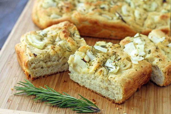 ... with rosemary red onion rosemary onion bread with blue cheese topping