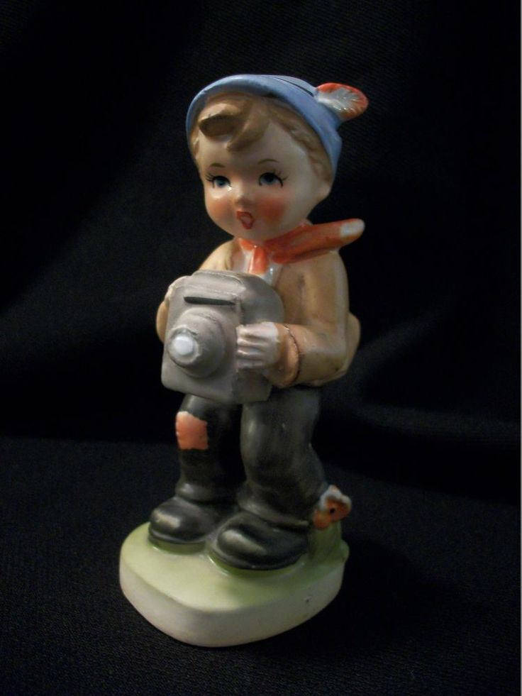 VINTAGE ROSSINI Porcelain Figurine - Boy with Camera. Sweet Boy in Blue Hat Taking Pictures with his Camera. Excellent Pre-Owned Condition! $19.99 obo (Free S&H)