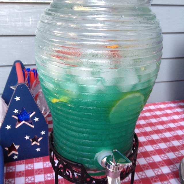 Fish bowl drink recipes pinterest for Fish bowl drink recipe