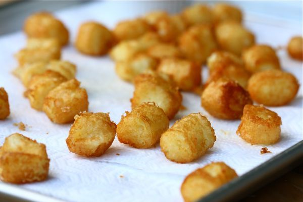 Homemade Tater Tots!!! I'm soooo having Justin whip me up a batch of ...