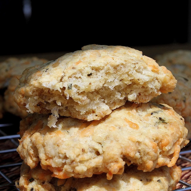 Savoury Oatmeal Cookies | Things I cook & bake | Pinterest