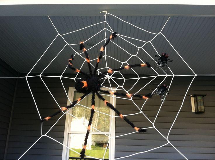 Make your own halloween spider web decoration for your home for Make your own halloween decorations