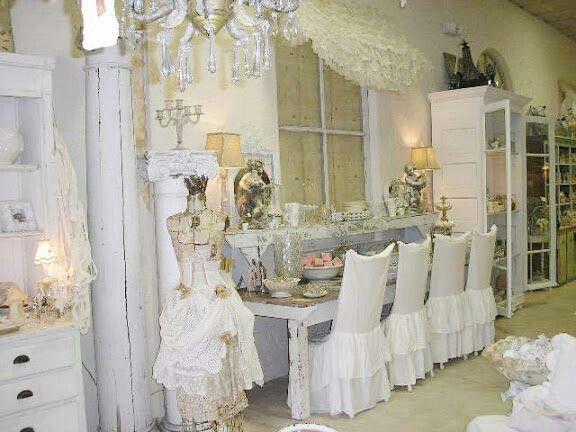 Free sedie vestite shabby chic pinterest with sedie vestite for Coprisedia bianco ikea