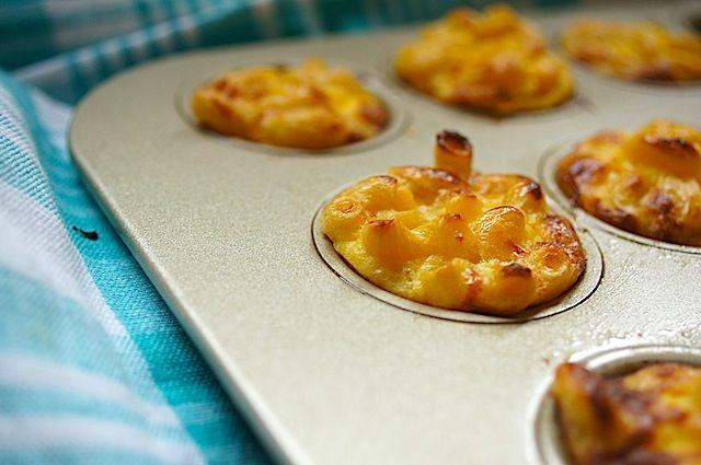 Mini Mac & Cheese Bites www.momskitchenhandbook.com