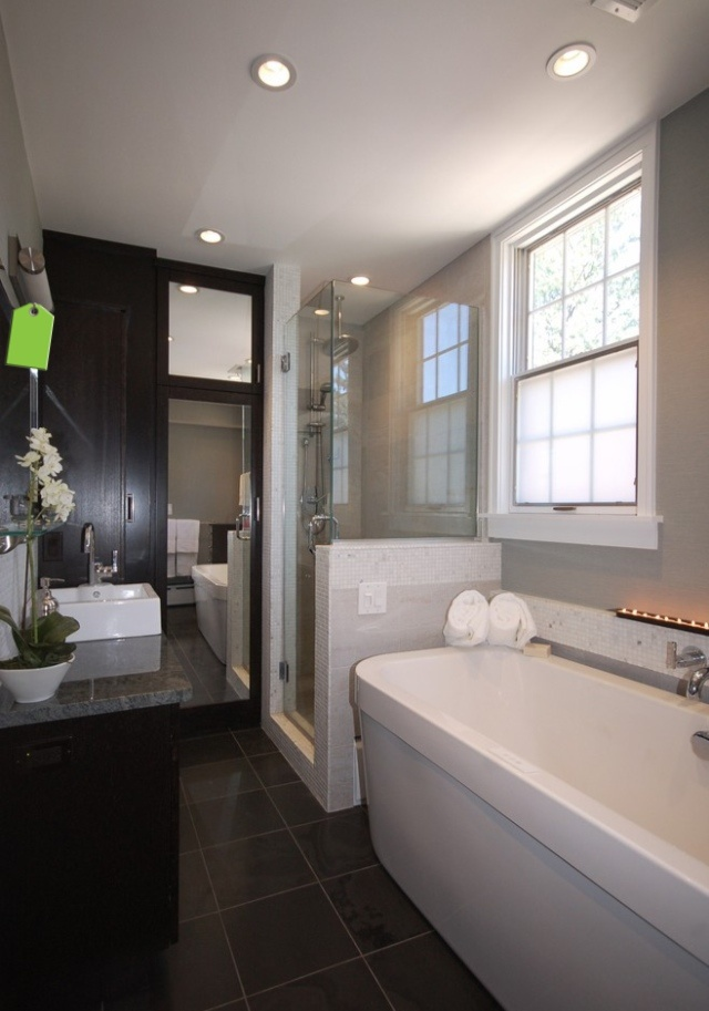 Narrow space bathroom ideas design pinterest for Narrow toilet ideas