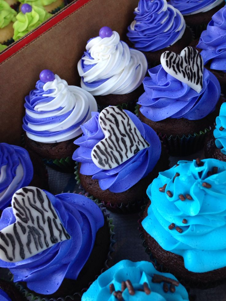 Laura S Edible Cake Art : Swirl and zebra cupcakes Goodies and Sweets Pinterest